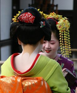 Ancient Chinese Makeup and Beauty Secrets